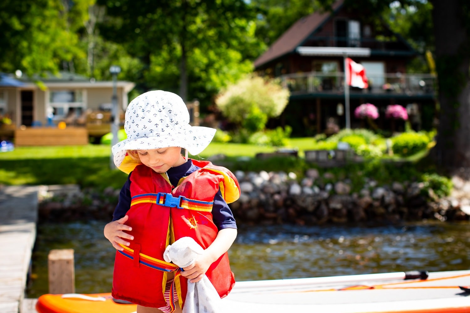 How To Create Less Waste When Traveling With Children: Eco-Friendly Products For Family Travel