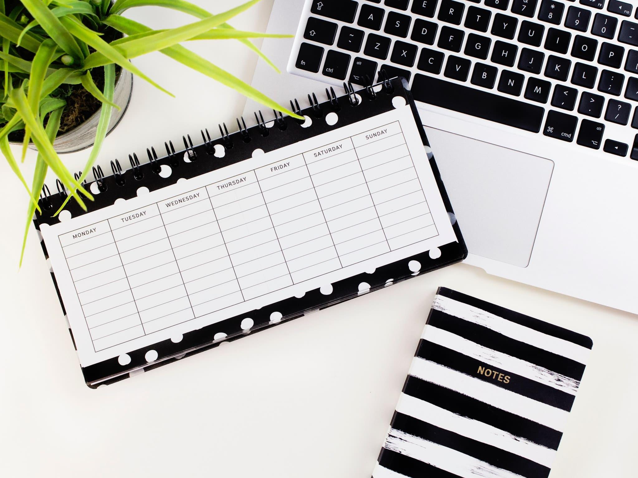 moving abroad while pregnant - checklist