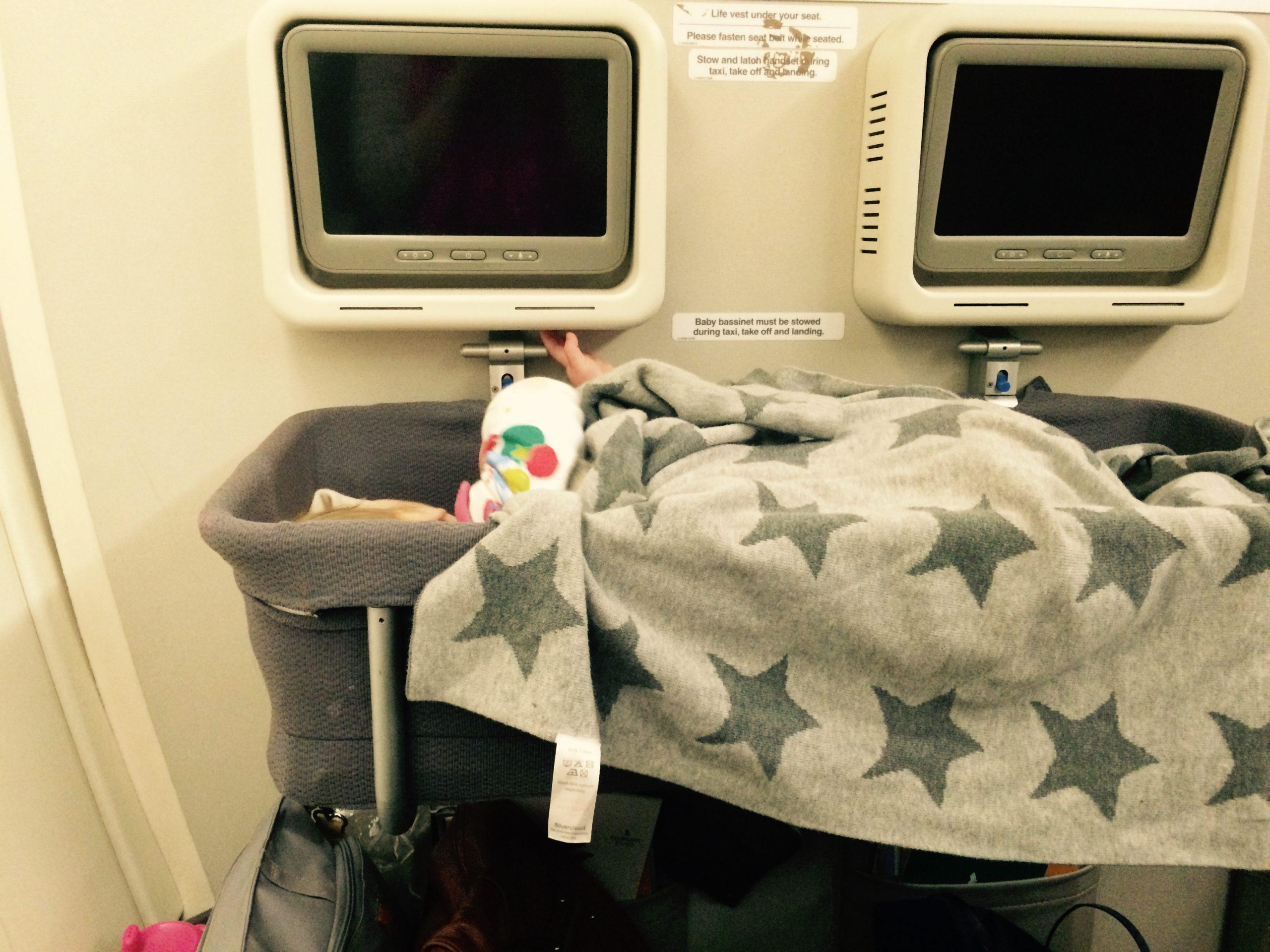bassinet Singapore Airlines