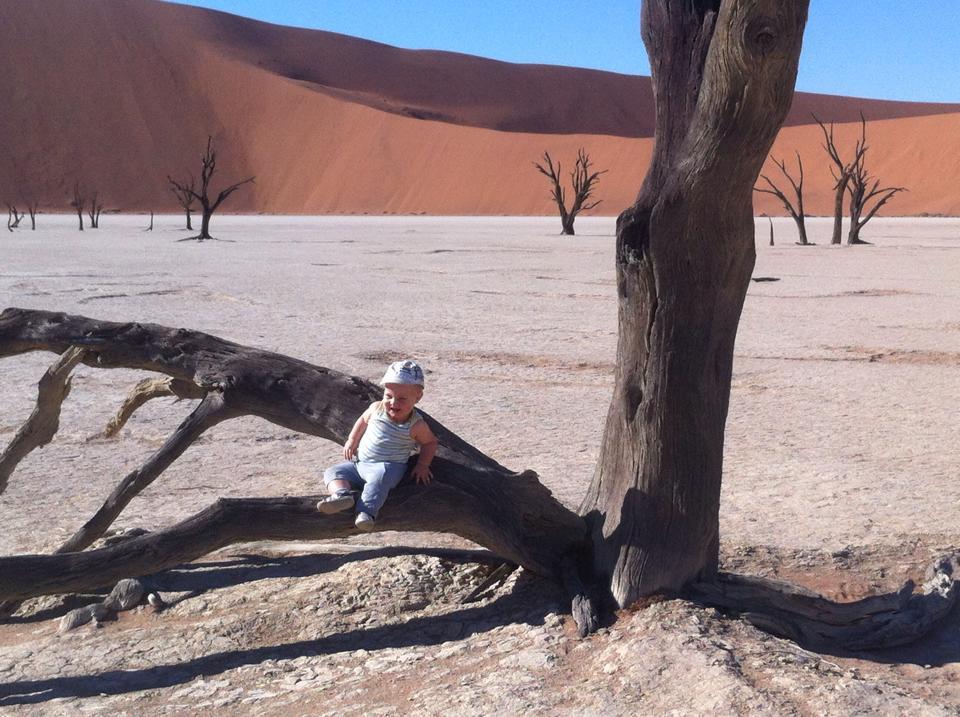 Safari with a baby - Deadvlei