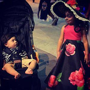 ofrenda dia de los muertos with kids in cabo