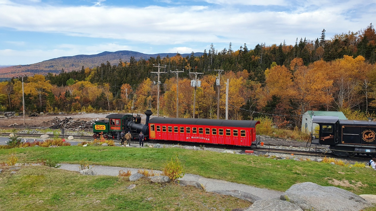 The Cog has a great fall foliage train ride