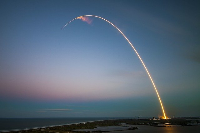 A rocket launch is an amazing thing to do in Florida with the kids!