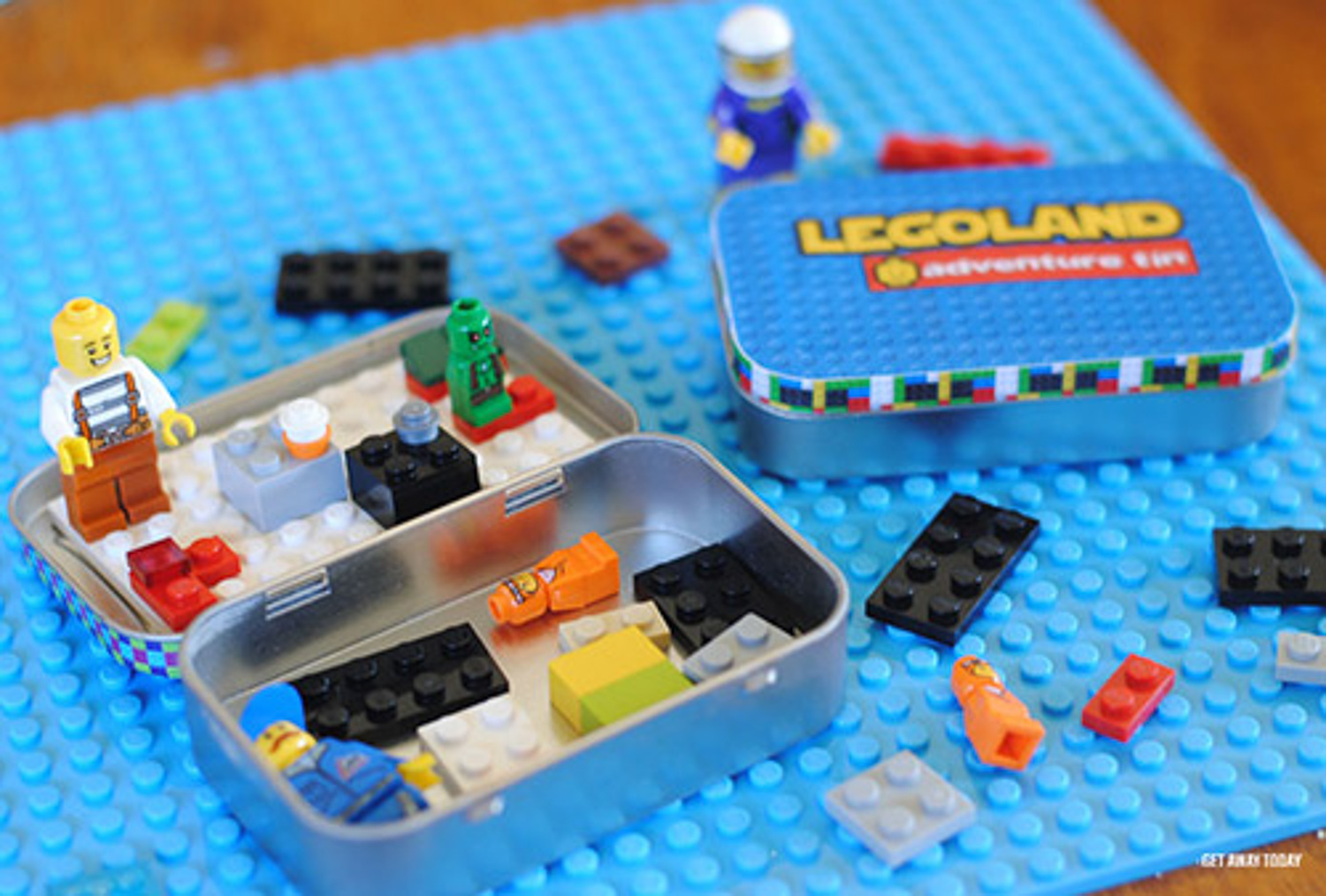 Second hand legos are a great option when looking for eco-friendly toys to take on your travels.