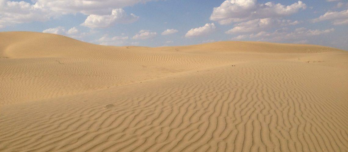 desert_nature_blue_sky_background_clouds_landscape_sun-1199533.jpgd_